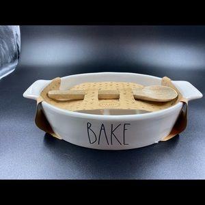Rae Dunn Baking Dish